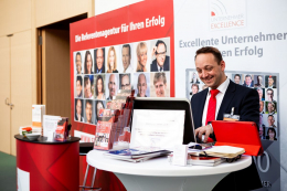 SMIC-Nuernberger-Unternehmer-Kongress-2019-1092-Speakers-Excellence.jpg